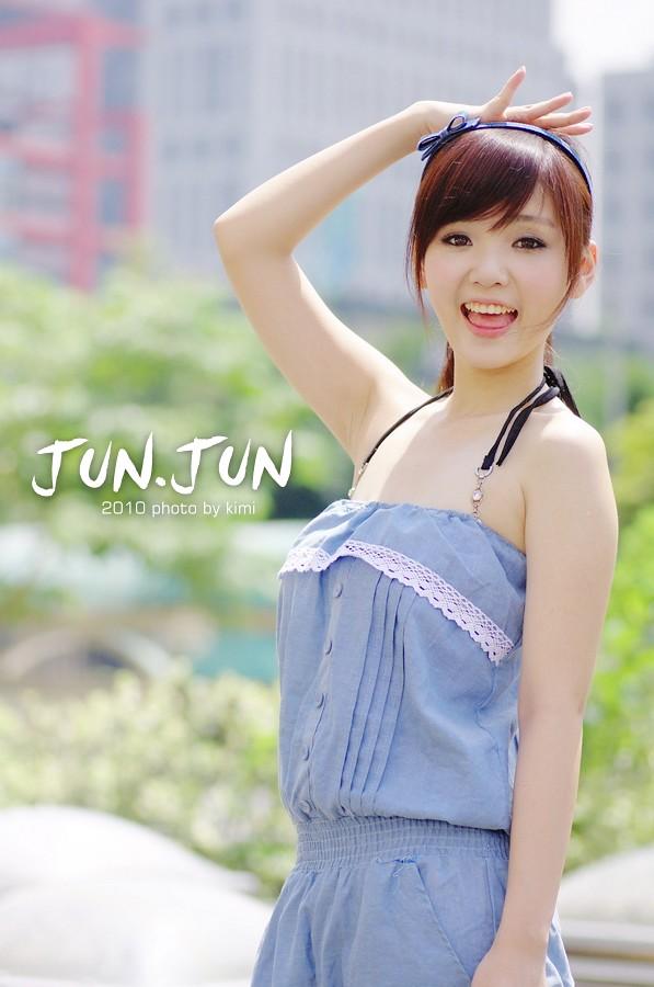 :) JUN.JUN (: