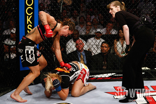 Cris Cyborg vs Jan Finney by showtime_sports.