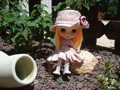felicia sale al jardin 014