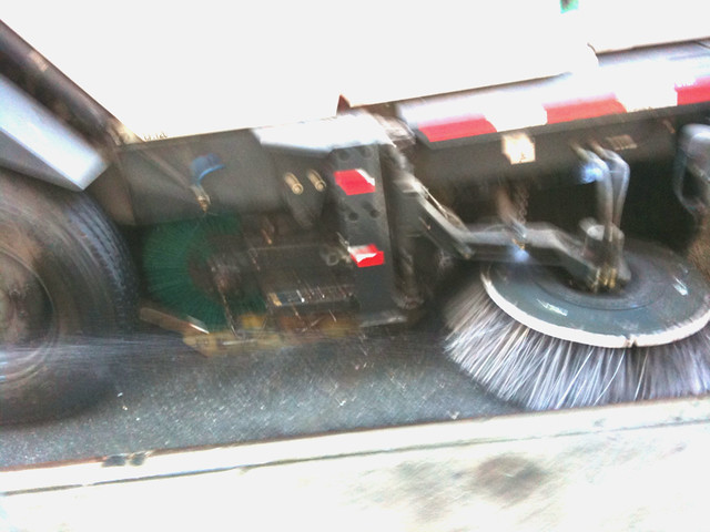 street washer action shot #walkingtoworktoday