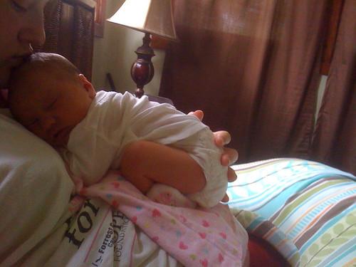 Sleepin on mama