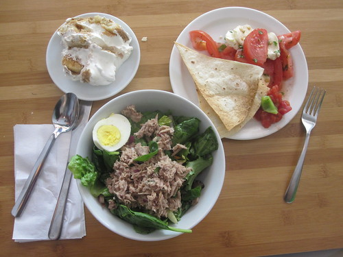 tuna salad with egg, tomato and cheese salad with fried tortilla, triffle cake from the bistro - free