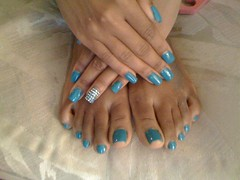 106939001 (chilltown1) Tags: feet toes ebony