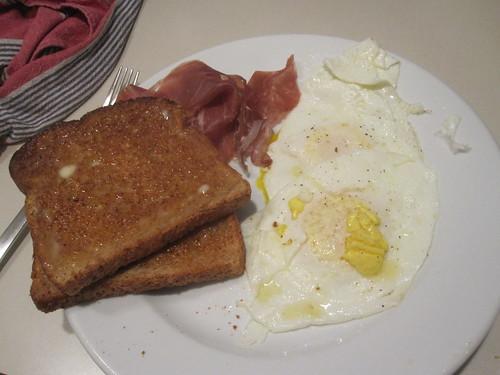 eggs, hamm toast