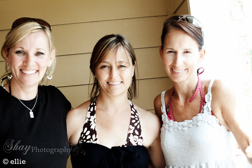Lynn, Ellie & Sharon_-2