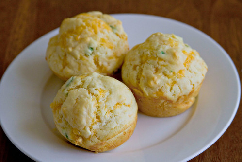 Cheddar Chive Muffins - 6