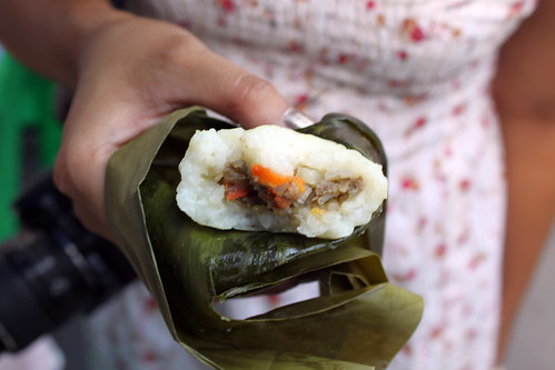 sticky rice with meat filling