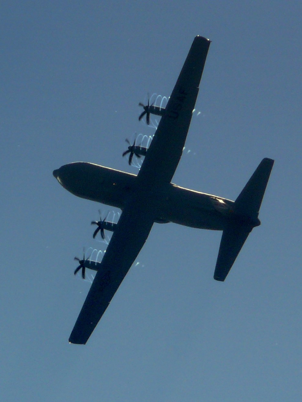 C130J Prop Vortices at Farnborough Airshow 2010
