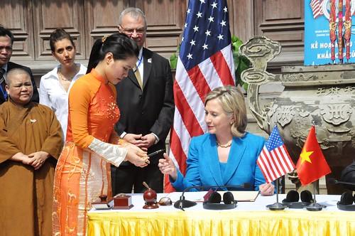 Secretary Clinton Prepares To Sign the U.S.-Vietnam PEPFAR Partnership Framework