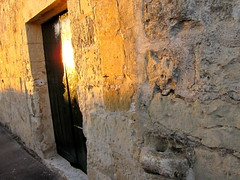 Morning glory (cefran_other) Tags: door malta doorway marbat