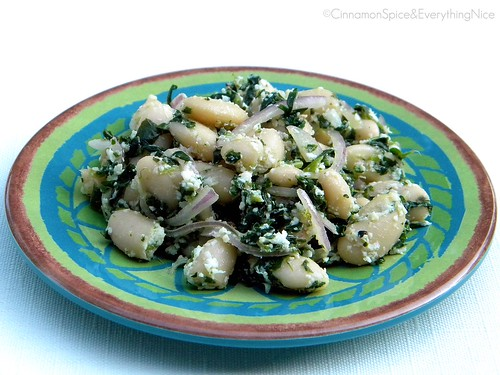 Garlic, White Bean and Spinach Salad