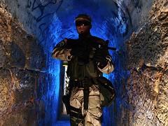 soldado1 (paxt) Tags: cactus soldier army photoshoot olympus militar soldado trigger v4 strobist cactusv4