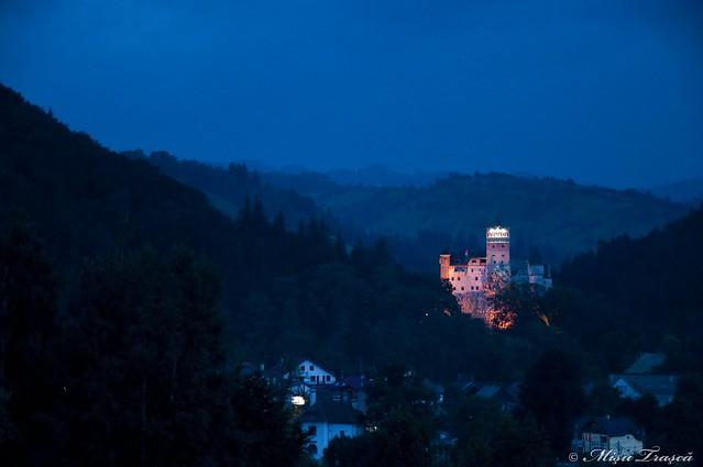 castel in noapte