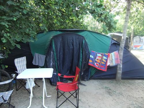 camp vinyols tent