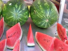 taja..che  rosso! (terevinci) Tags: red italy verde green fruit august watermelon agosto rosso frutta 2010 ocomero