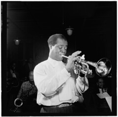 [Portrait of Louis Armstrong, Carnegie Hall, New York, N.Y., ca. Apr. 1947] (LOC) (The Library of Congress) Tags: trumpet jazz carnegiehall libraryofcongress newyorkny 1947 trumpetplayer satchmo louisarmstrong april1947 xmlns:dc=httppurlorgdcelements11 xmlns:foaf=httpxmlnscomfoaf01 williampgottlieb foaf:depicts=httpnlagovaunlaparty1307946 dc:identifier=httphdllocgovlocmusicgottlieb00211 jazzmusian
