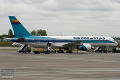 4X-EBT - 25036 - Sun d'Or International Airlines - Boeing 757-258 - Luton - 100810 - Steven Gray - IMG_1252