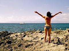 Llibertat (Mikel) Tags: sea seagulls beach libertad freedom mar mediterranean free playa mallorca gaviotas libre mediterrneo majorca rocosa