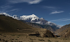Nilgiri (Matteo Allegro) Tags: nepal mountain three south ngc north central mustang peaks himalaya region range annapurna composed nilgiri himal lpf16
