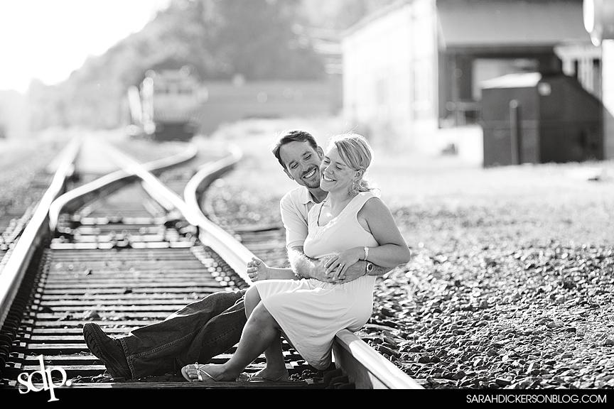 Parkville, Missouri engagement photos