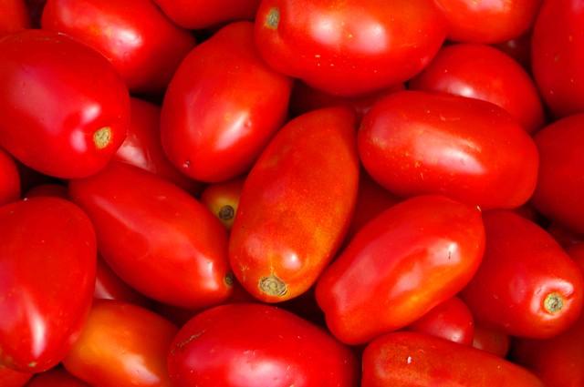 macro tomatoes