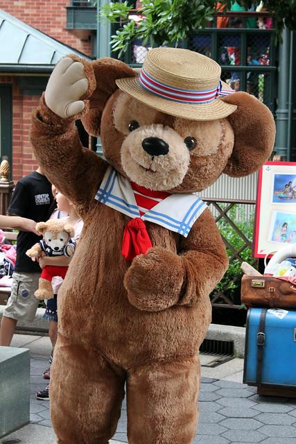 Meeting Duffy, the Disney Bear