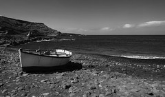 down by the seaside (ELECTROLITE photography) Tags: downbytheseaside seaside sea boat stand lamer bateau lanzarote blackandwhite blackwhite bw black white sw schwarzweiss schwarz weiss monochrome einfarbig noiretblanc noirblanc noir blanc electrolitephotography electrolite