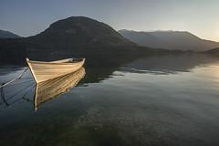 1350-2017-BR (elfer) Tags: noche horaazul agua lago barcos paisaje puestasdesol