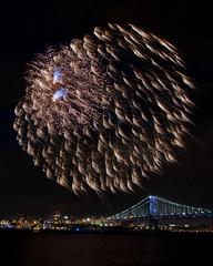 Happy July 4th! (Valentina Sokolskaya) Tags: nj fireworks river water camden newjersey philadelphia benfranklinbridge benjaminfranklinbridge pa july4th july4 independenceday