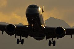 Niki Embraer 190 OE-IHD LOWI Innsbruck (innsbruckaviation) Tags: g aviation sony 400 alpha lowi 70 niki innsbruck spotting ssm 190 embraer oeihd