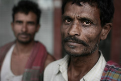 Bihari workers. India (fredcan) Tags: poverty portrait india men look portraits workers faces humanity poor constructionworkers tired exploitation labour indians newdelhi intensity southasia northindia connaughtplace indiansubcontinent peopleofindia havenots biharis todaysindia thehavenots northindians thebuildersofnewindia bihariworkers