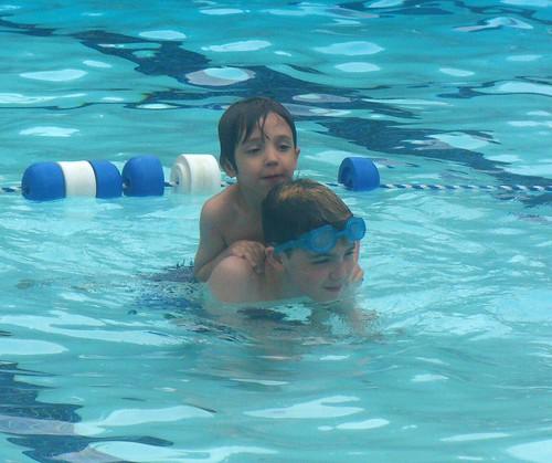 20100702_pool_ 2 boys