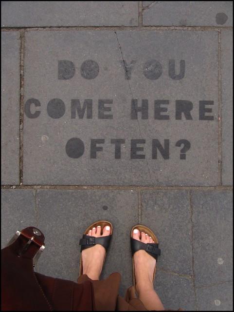 streetart on the ground
