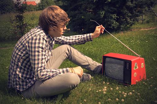 フリー写真素材, 人物, 男性, 家電機器, TV・テレビ,