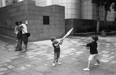 (tfyl) Tags: hongkong neopan400 leicam 35mmsummicronpreasph