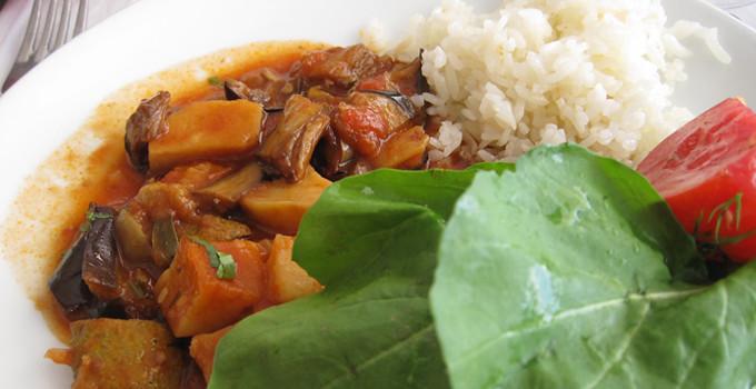 Shakshuka - Stekta grönsaker med tomatsås