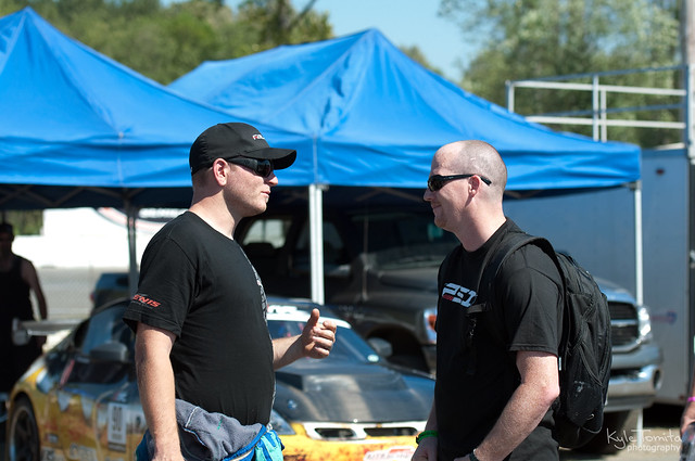 Jason Oefelein and Justin Pawlak talking at Formula D