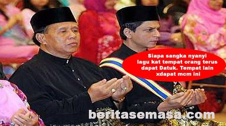 4795572763 e5ed333c22 Gelaran Datuk Dah Bersepah Sekarang !!