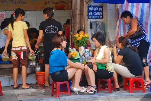 Hanoi, Sat, 7.30am