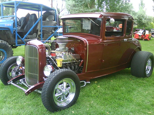 Dennis Peterson's 30's Ford Coupe