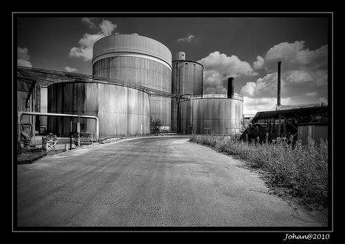 The silo's.