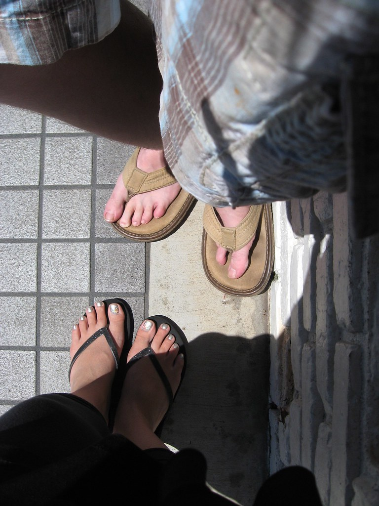 flippie-floppies pointless photo.