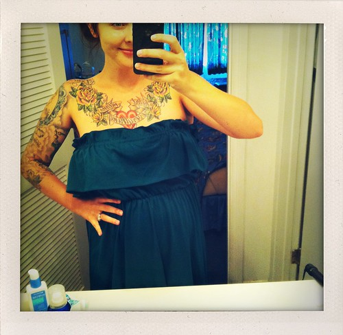 vintage maternity (in our gross hotel room haha)
