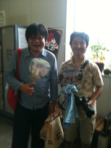 上田駅なう。細田監督とツーショット!