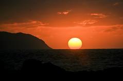 North Shore Sunset (coastalcreature) Tags: ocean sunset sky sun mountain hawaii northshore