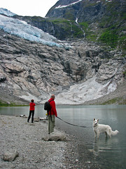 The Byabreen Glacier (Hetty 51) Tags: people norway europe sognogfjordane fjrland byabreen