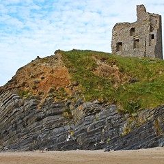 Ballybunion Castle (saintinexile) Tags: ireland sky colour castle beach clouds evening ruin kerry ballybunion historic