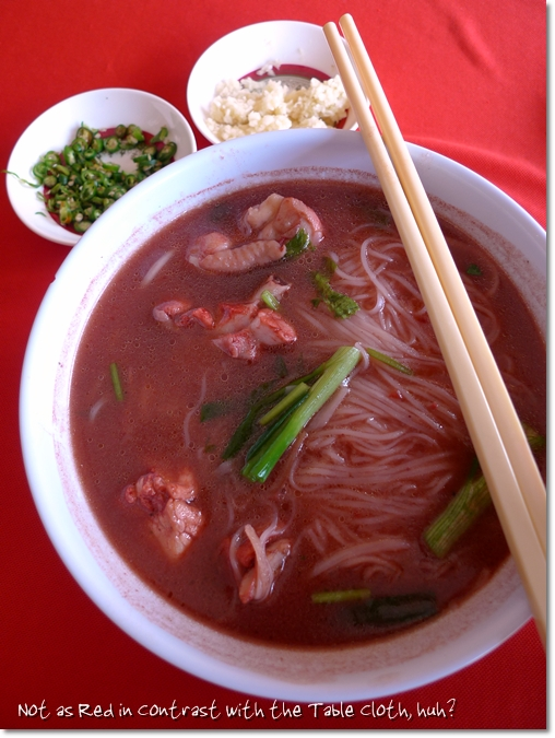 Red Wine Mee Suah & TableCloth