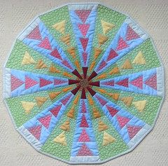 It's done! (flossyblossy) Tags: english circle paper dresden flying geese quilt plate pebble quilting pieced dqs9