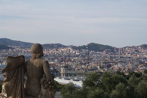 La dona veu moltes coses (Montjuïc).